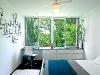 1252964996-master-bedroom