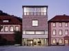1252531904-01-facade-1000x714