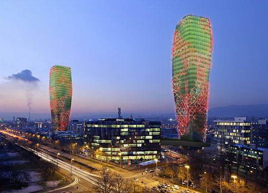Giant Cactus-Shaped Biofuel Towers – Biooctanic