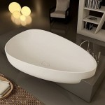 Tub Surround Ideas – 'Beyond' by Glass Idromassaggio