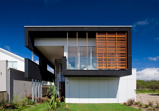 black beach house 1 Base Architecture | SheOak House