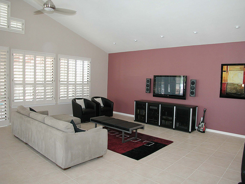 How To Decorate Your Room Using Contemporary Elements