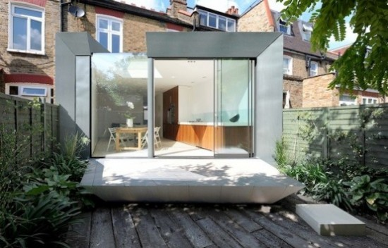 house extension1 550x352 Modern Extension of Edwardian Terrace House in London
