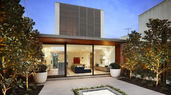 106 Carpenter Street 01 750x416 550x305 Contemporary House in Melbourne