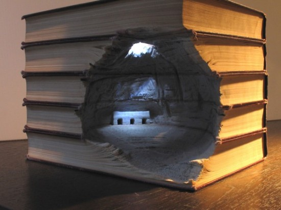 05 Carved Book Landscapes by Guy Laramee 550x412 Guy Laramee | Carved Book Landscapes